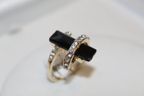 Women's Ring Modern Design - Y16