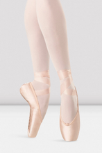 Load image into Gallery viewer, Bloch Hannah Pointe Shoe