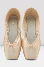 Load image into Gallery viewer, Bloch Heritage Pointe Shoe