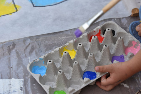 It's fun to paint on egg cartons