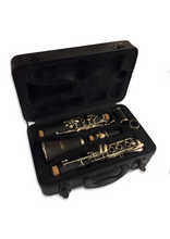 Load image into Gallery viewer, Nashville Student Bb Clarinet Outfit with Hard Case - Varsity Music Shop
