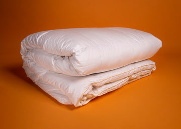 white goose down duvet product image