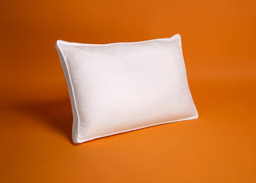white recycled plastics polyester pillow