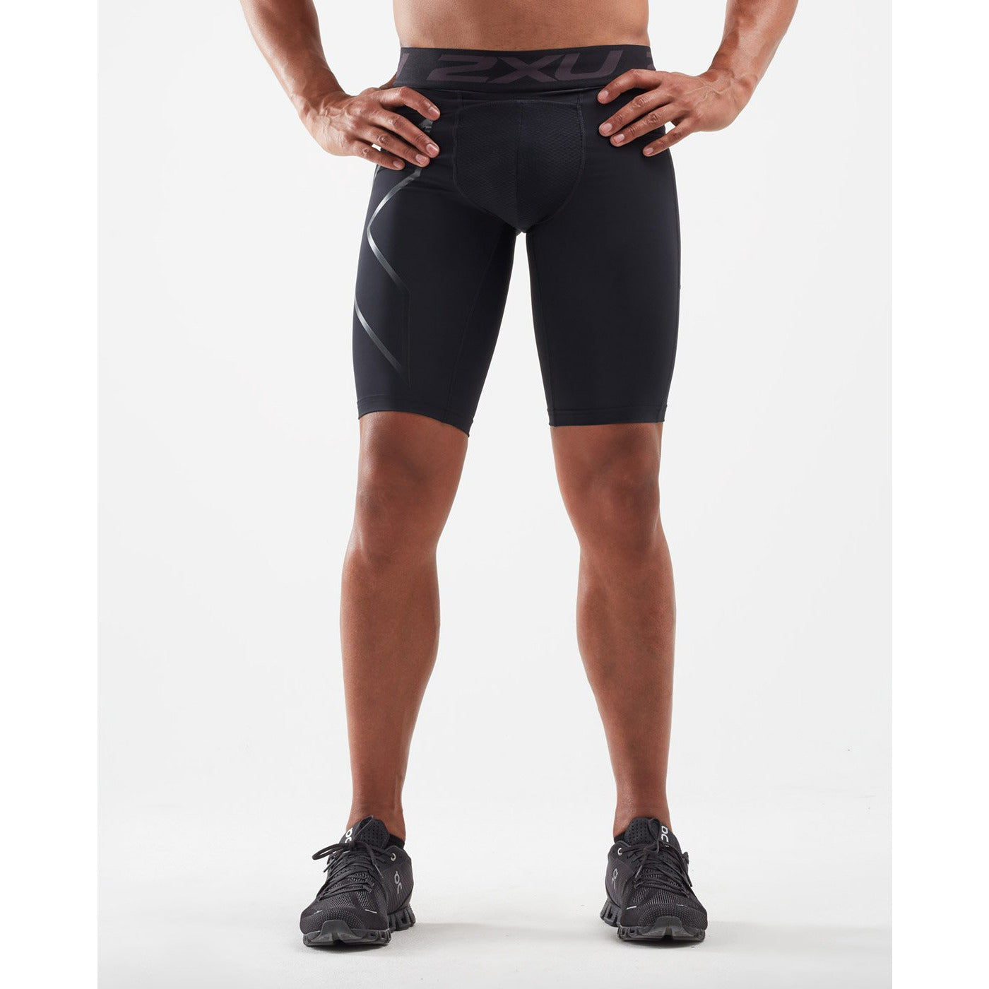 2XU Mens ACCELERATE Comp Shorts - Sole Motive