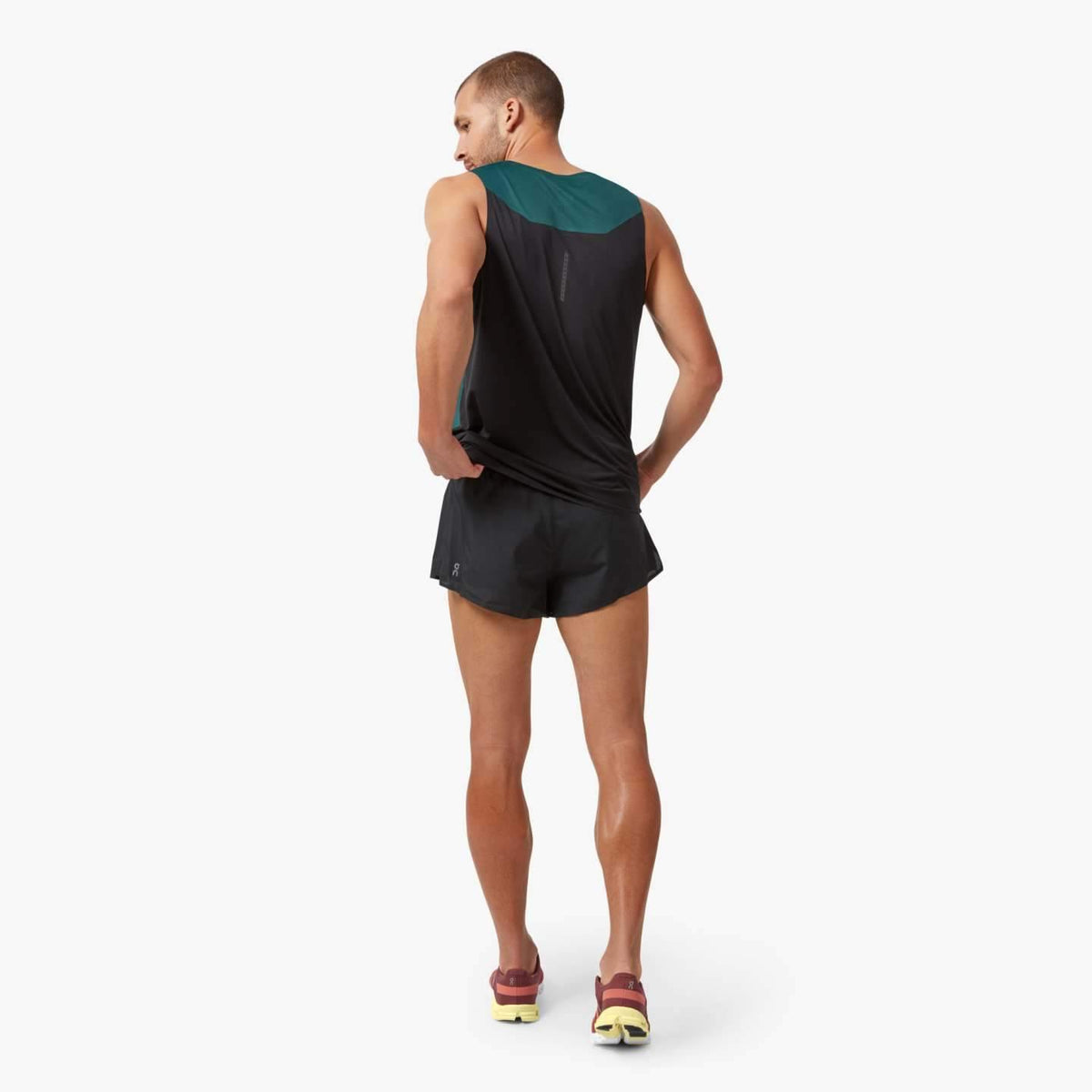 On Race Short Mens
