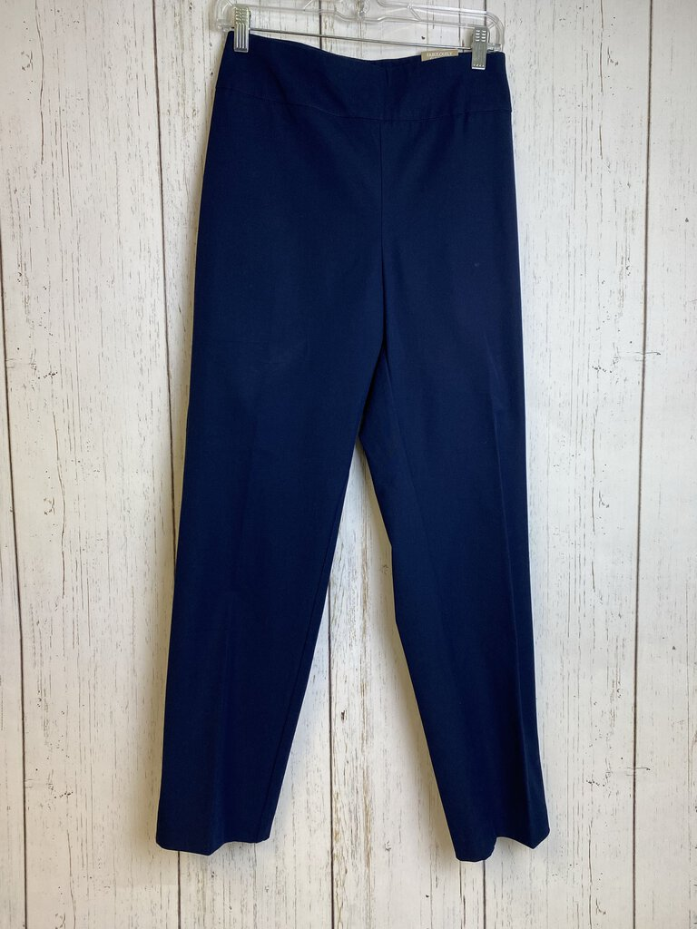 Chicos women Pants Navy 2.5 Short - Nells Fine Consignment