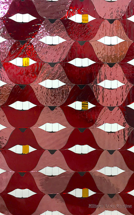 Custom Tile Pattern: Pop Lips with Gold Tooth