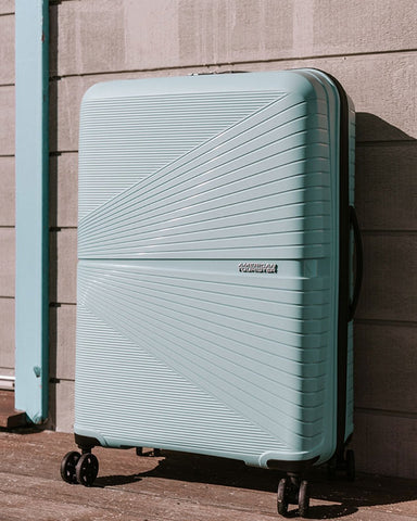 American Tourister Airconic - Top 10 Lightest Suitcases