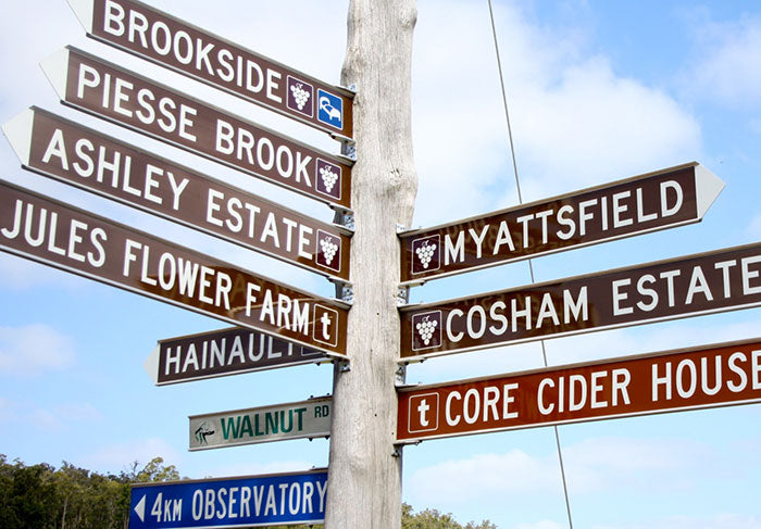 A signpost on the Wine Trail in Bickley