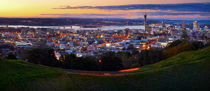 ResizedImage850371-Auckland-Central-4-View-from-Mount-Eden