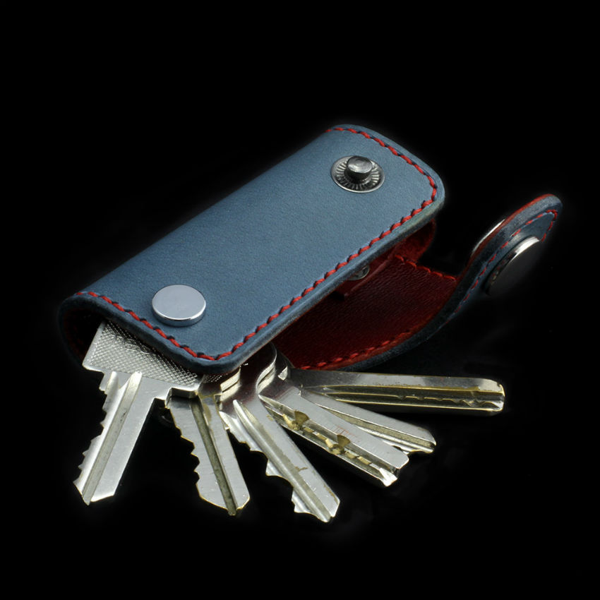 Glaucous Red Leather Key Holder