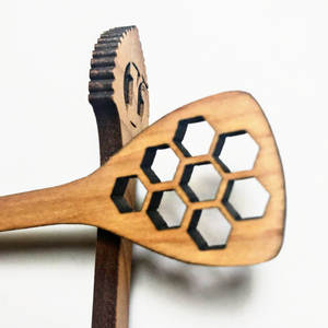 Wooden Honey Dipper Stick with Hexagon Pattern Straining Paddle and logo Dipper- Red Headed Honey