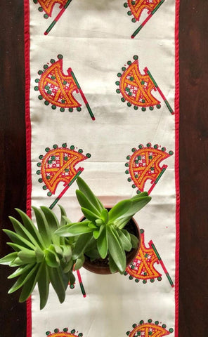 Indian Hand Fan Table Runner