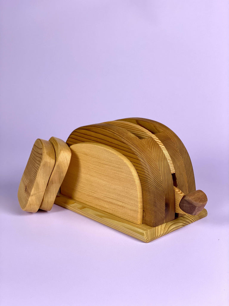 Wooden Toaster - Light Lion