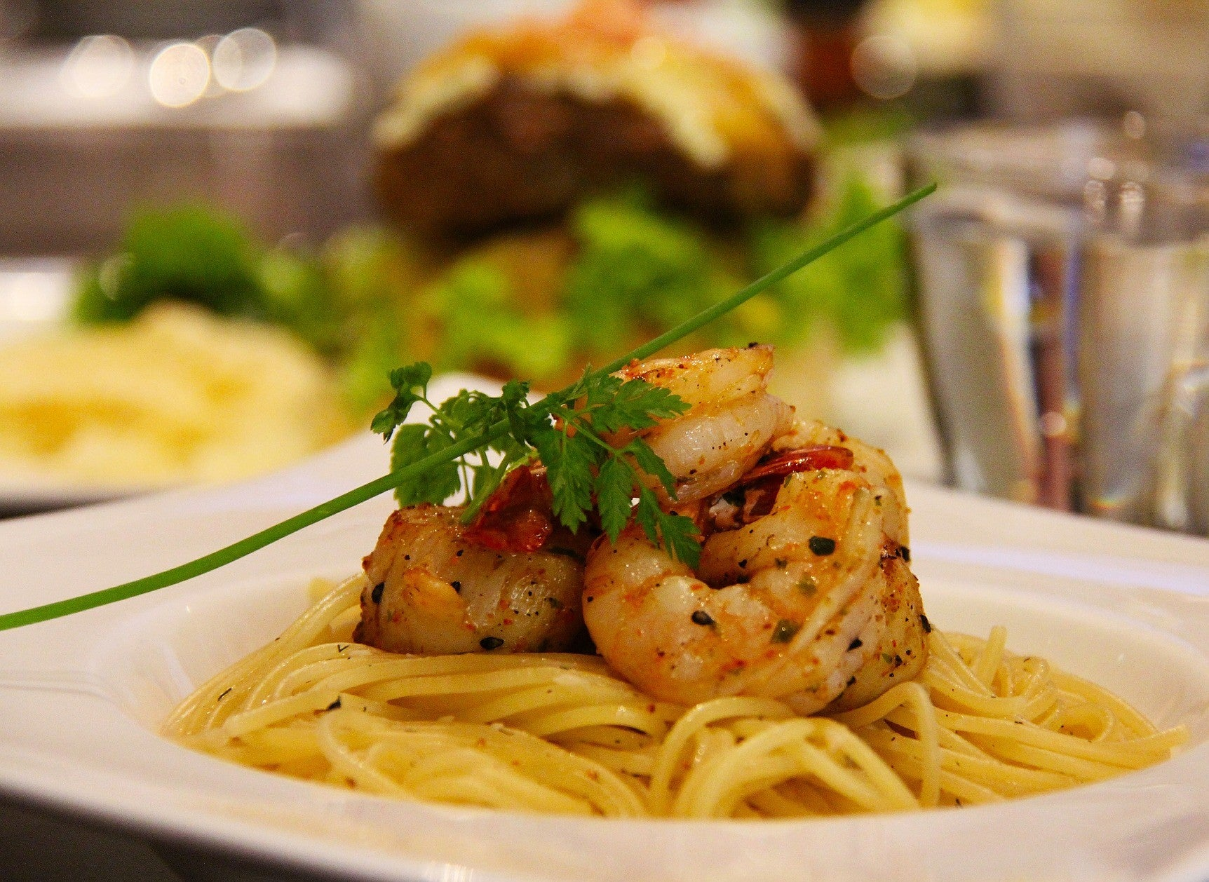 Return On Investment (ROI) Cooking: Prawn Linguine with Chilli and Garlic