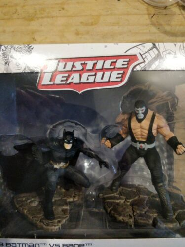 Batman vs Bane BY Schleich No 22540 Pack Contains two figures New