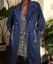 Load image into Gallery viewer, vintage denim trench
