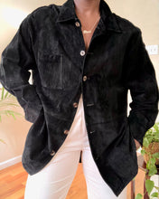 Load image into Gallery viewer, black suede shirt jacket