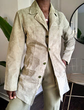 Load image into Gallery viewer, pistachio suede jacket