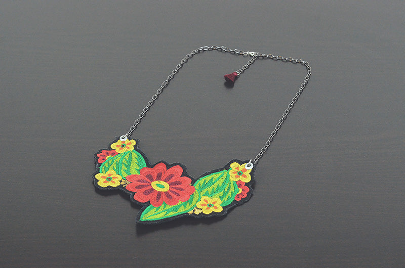 Mérida Floral Necklace  - Red