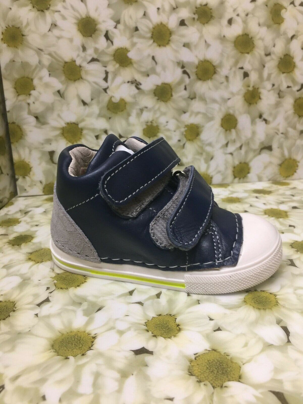 Bo-Bell Childrens Toddlers Glass Casual Leather Velcro Sneakers Turtle Grey