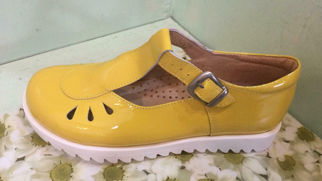 Petasil Childrens Girls Tina T Bar Leather Shoes Yellow Patent