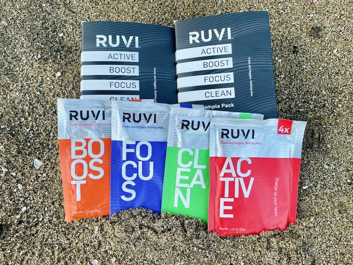 Ruvi packets made from whole fruits and veggies at the beach