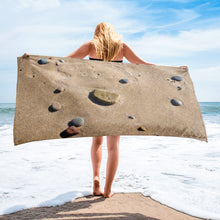 Load image into Gallery viewer, Sand Rocks Beach Gym Yoga Towel