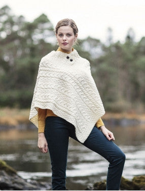 Ladies Cable Poncho in Ivory