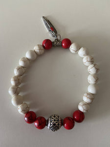 Beaded Stretch Bracelet - Red & Cream with Feather Charm