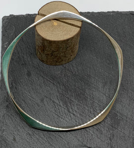 Sterling Silver Round Bangle with Triangular Points