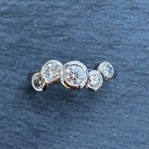 9ct Gold Staggered Diamond Bubble Ring