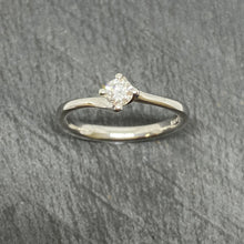 Load image into Gallery viewer, 9ct White Gold Diamond Single Stone Twist Ring 0.25ct