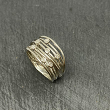Load image into Gallery viewer, Platinum Diamond Wirework Ring