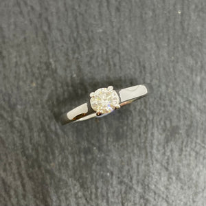 18ct Single Stone Diamond Ring 0.30ct