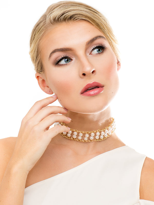 Stay In Touch Pearl Choker