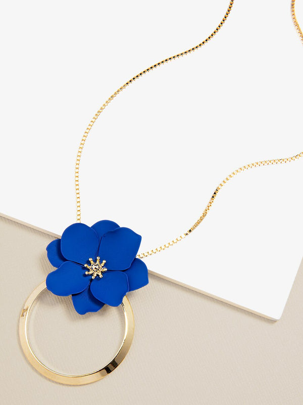 Flower and Ring Pendant Necklace