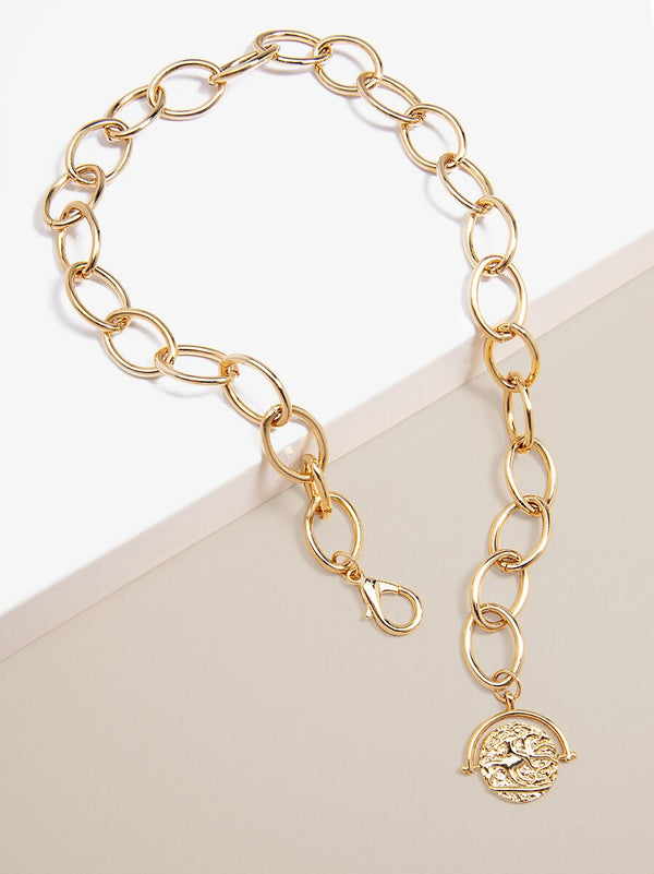 Lustrous Oval Links and Charm Collar Necklace