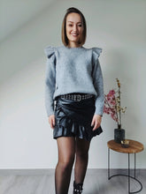 Afbeelding in Gallery-weergave laden, Leather ruffle skirt - Black