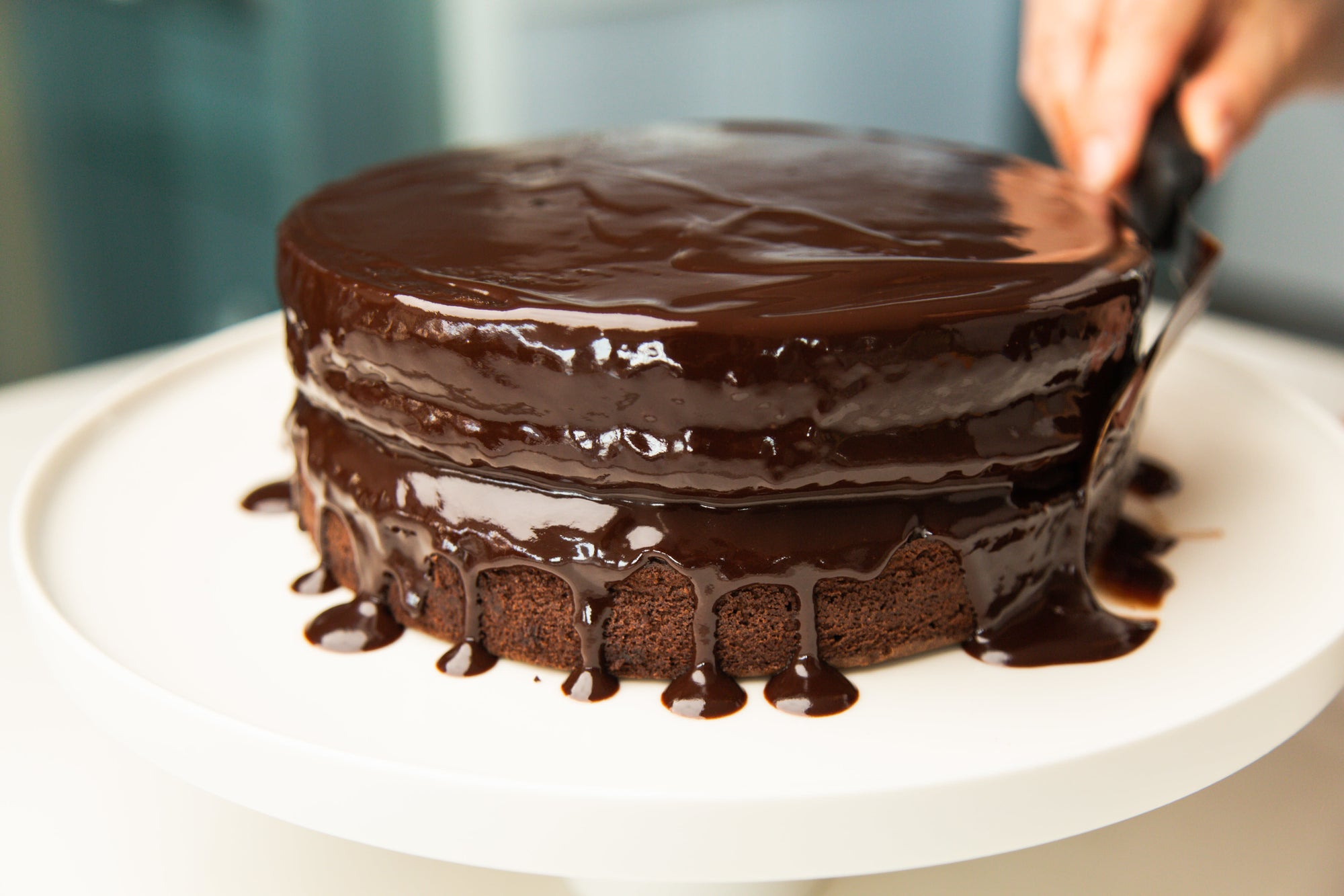 Luscious Chocolate Sponge Cake with rich chocolate Ganache (20cm) - ubaked