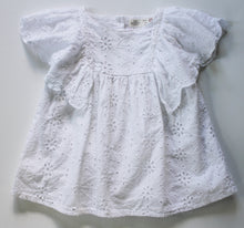 Load image into Gallery viewer, Zara Flutter Sleeve Top- Baby Girl (9M-12M)
