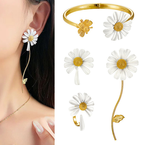 2020 NEW Daisy Earring Ring Necklace for Girls Ladies Clavicle Chain Ins Bracelet Earrings Choker Neck Chain Girlfriend Birthday Gift Present