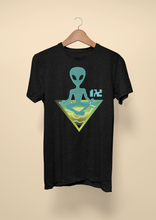 Load image into Gallery viewer, Alien Tee ( unisex )