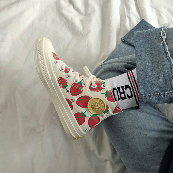 Strawberry High Canvas shoes
