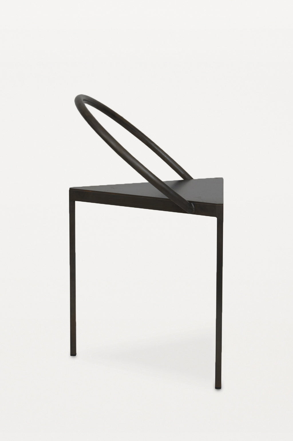 FRAMA Triangolo Chair Black