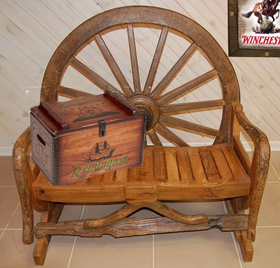 wagon-wheel-bench-bc1.jpg
