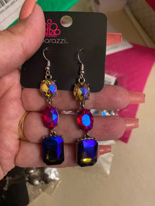 DRIPPING IN MELODRAMA MULTI EARRINGS