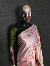 Load image into Gallery viewer, Peach Pearl Lace Floral Japan Satin Saree With Green Blouse