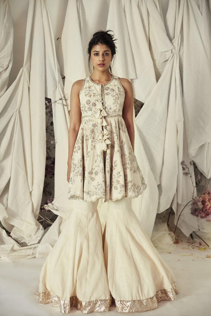 Anushree Reddy - Ivory Hand Embroidered Kurta With Flared Pants
