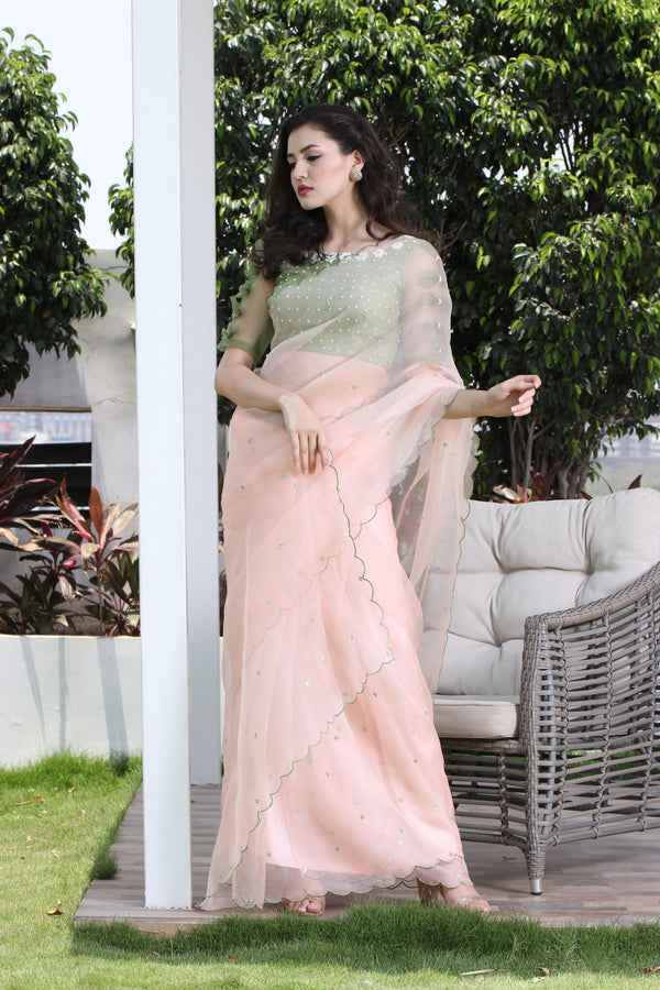 Label G3 By Gayathri Reddy - Peach Scallop Detailed Saree with Bow Detailed Blouse